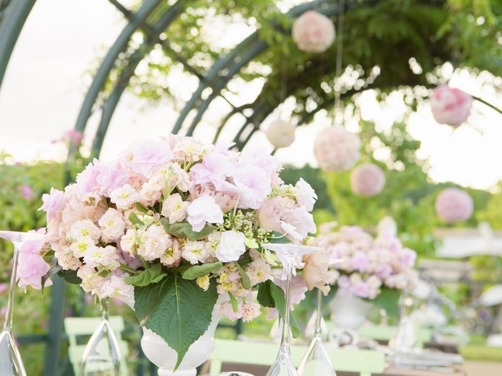 Украшение цветами